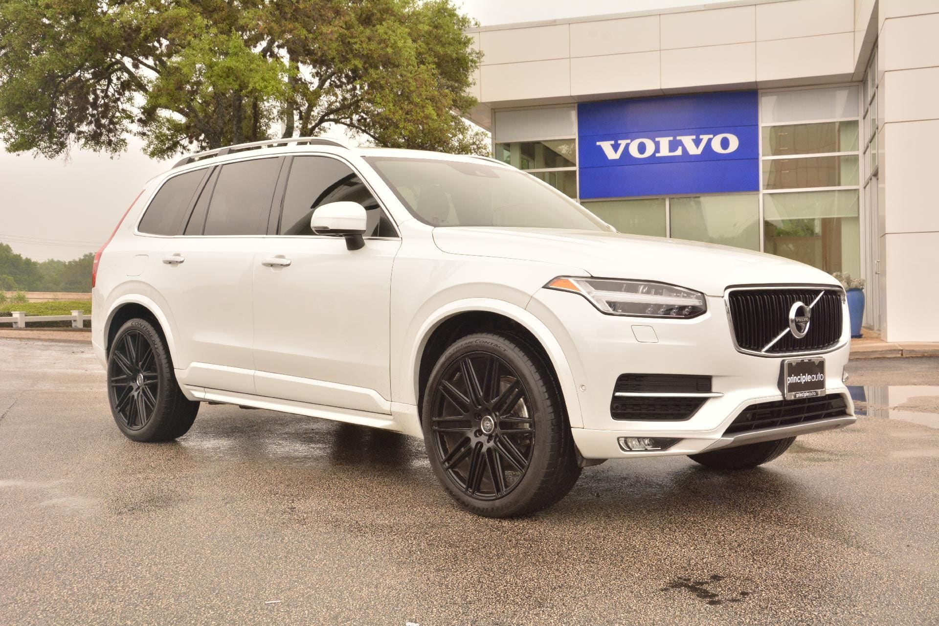 Certified Pre Owned 2017 Volvo Xc90 Momentum